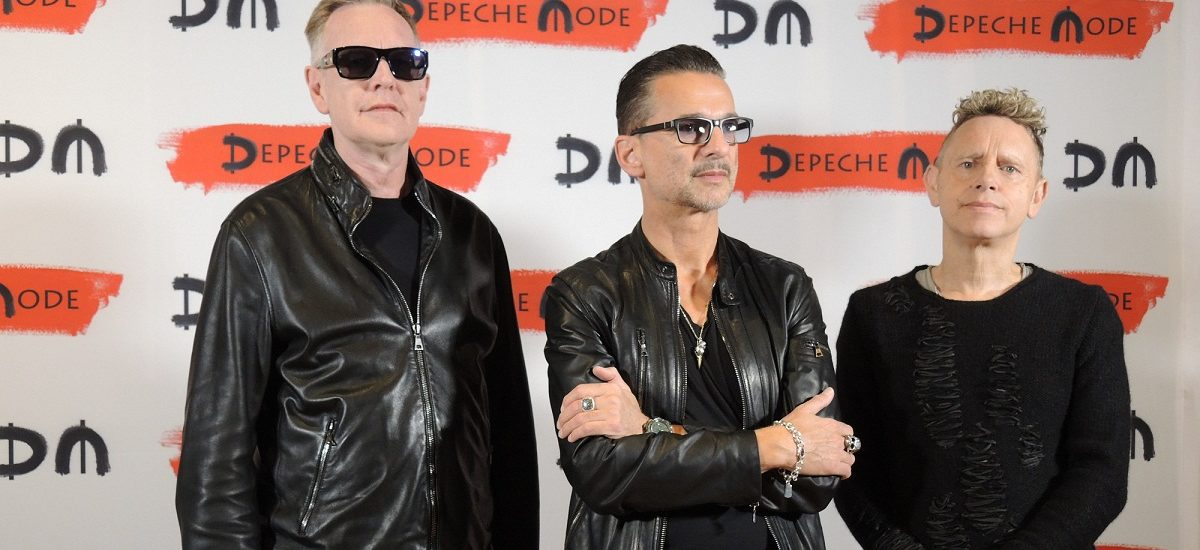 Key-boarder Andrew Fletcher (l-r), frontman Dave Gahan and guitarist Martin Gore from Depeche Mode during in a press conference on  in Milan, Italy 11 October 2016. After almost three years, the British synth pop band wants to release a new album in the Spring of 2017. Photo: Lena Klimkeit/dpa